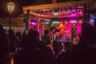 Grupa Tonka zagrijala sve prisutne veselim bozicnim pjesmama